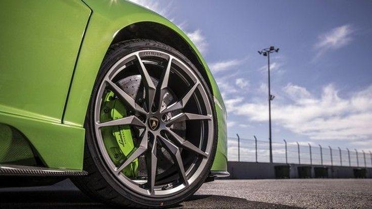 เป็นไปได้สูง !! ที่เราอาจได้พบ ซูเปอร์คาร์พลังไฟฟ้ารุ่นพิเศษ จากค่าย Audi และ Lamborghini