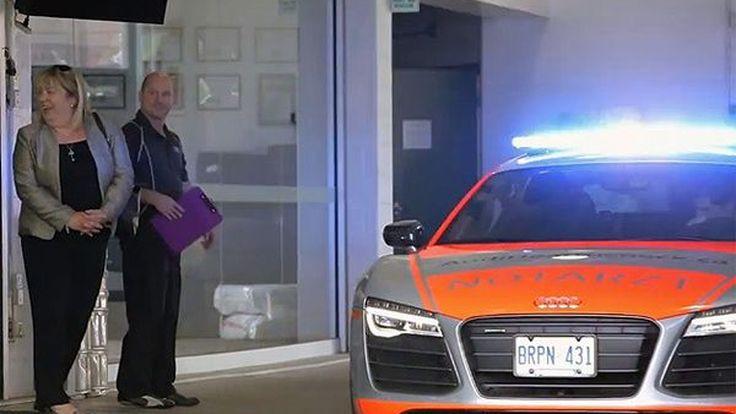 สุดเจ๋ง Audi Canada ใช้ซูเปอร์คาร์ R8 ให้บริการลูกค้าที่นำรถมาเข้าศูนย์ (ชมคลิป)