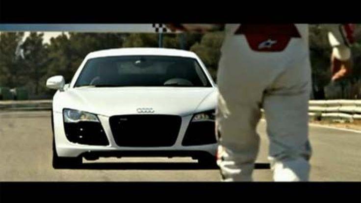 "Audi จับ R8 กระหน่ำดริฟท์ตอบแทนแฟนออนไลน์ โดนัทตัวเลข ""500,000"""