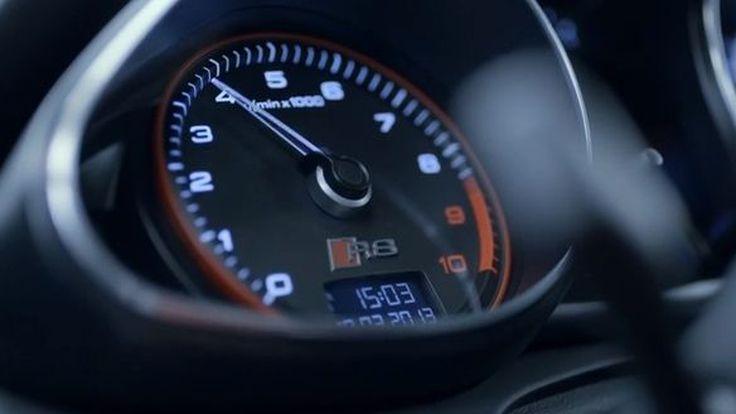 """Audi โชว์วีดีโอต้นกำเนิดซูเปอร์คาร์ """"R8 V10 Plus"""" ผลิตด้วยมือทั้งคัน"""