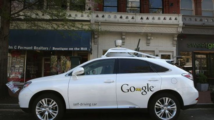 """สหรัฐฯ ออกกฎห้าม """"หลับ"""" หรือ """"อ่านหนังสือพิมพ์"""" ขณะนั่งในรถไร้คนขับ"""