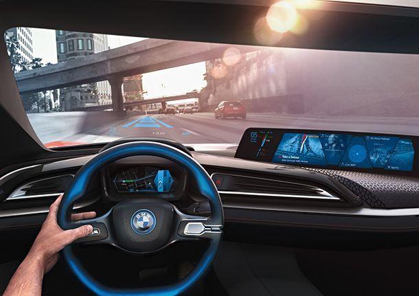 ชี้ระบบขับขี่อัตโนมัติในรถยนต์จะช่วยให้การขี่มอเตอร์ไซค์ปลอดภัยขึ้น