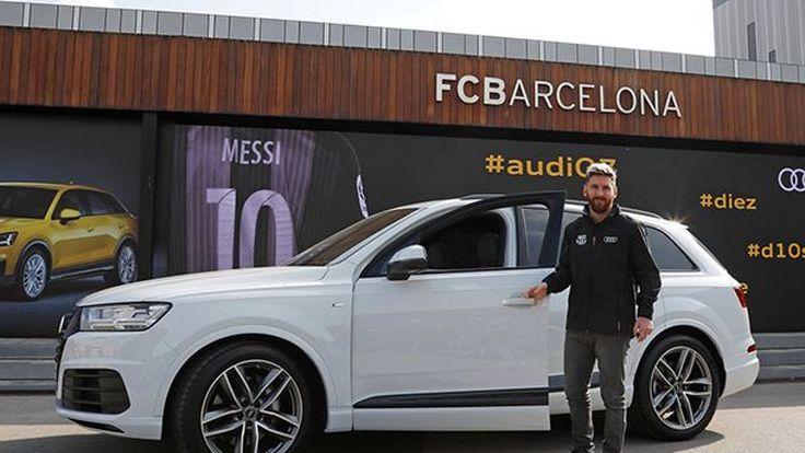 นักเตะบาร์เซโลน่าทดสอบสมรรถนะ Audi Q2 พร้อมรับรถกลับบ้าน