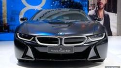 [BIMS2018] พาชม BMW i8 กับสี Protonic Frozen Black