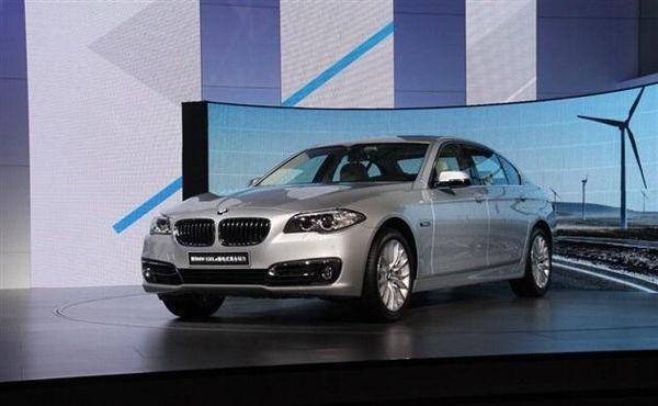 BMW 530Le ขุมพลังปลั๊กอินไฮบริด 2.0 ลิตรเปิดตัวทำตลาดแดนมังกร