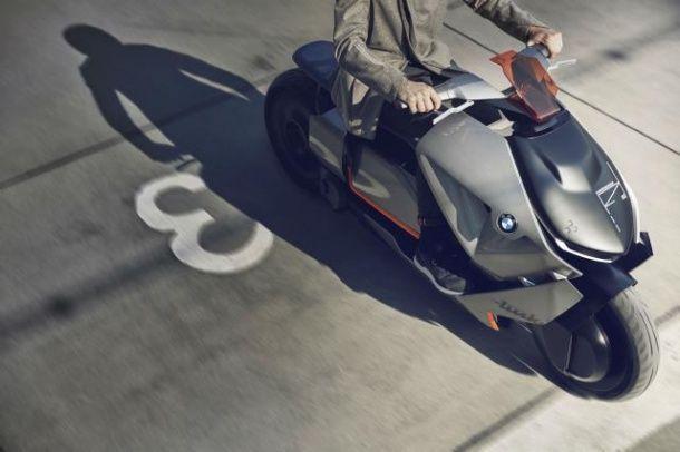 BMW Concept Link สกู๊ตเตอร์อัจฉริยะที่รู้ทุกจุดหมายของคุณ