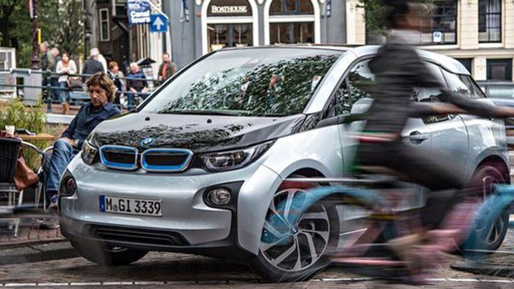 BMW Group เตรียมนำเสนอรถใหม่และปรับโฉม 40 โมเดลภายในปี 2018