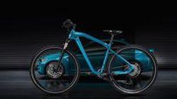 BMW เปิดตัวจักรยานรุ่นพิเศษ ถอดแบบมาจาก M2