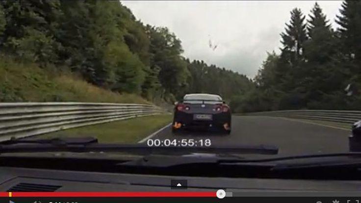 สุดมันส์! BMW M3 E92 ไล่กวด Nissan GT-R ในเนอร์เบิร์กริง