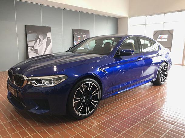 เปิดตัว BMW M5 สปอร์ตซีดานเน้นความแรงคู่ความหรู ค่าตัว 13.339 ล้านบาท