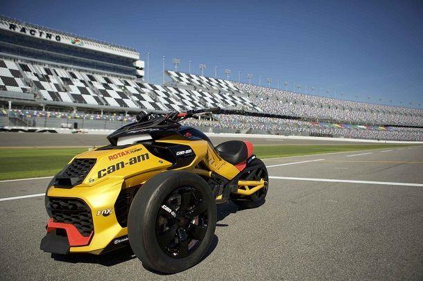 คอนเซปต์ Can-Am Spyder F3 Turbocharged สามล้อติดเทอร์โบแรงทะลุ 150 แรงม้า
