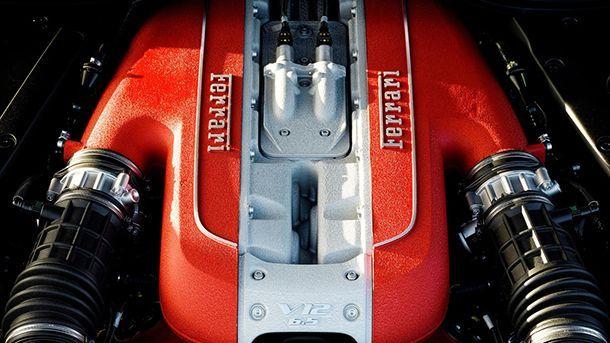 """ซีอีโอ Ferrari ชี้ขุมพลังวี12 พ่วงเทอร์โบเป็นเรื่อง """"บ้าคลั่ง"""" เกินไป"""