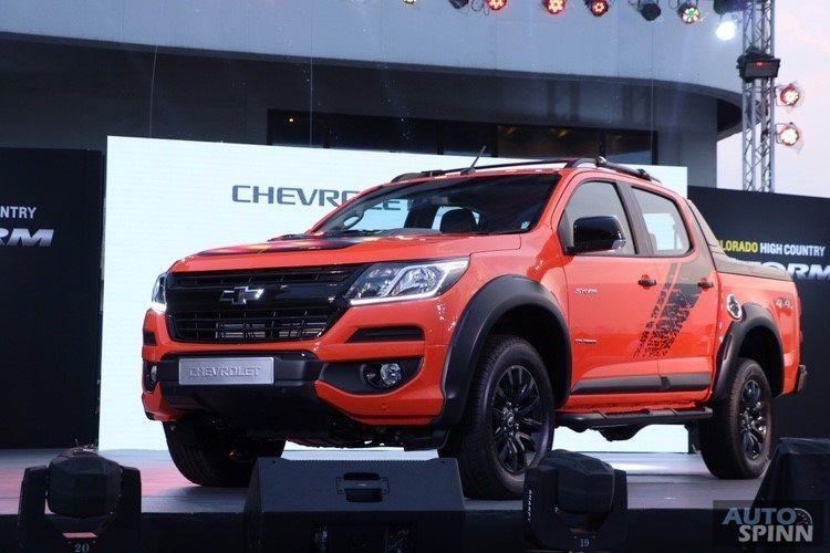 """เปิดตัวอย่างเป็นทางการ Chevrolet Colorado High Country STORM สีส้ม """"Orange Crush"""" พร้อมชุดแต่ง Thunder"""