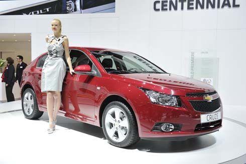 Chevrolet Cruze Hatchback 5 ประตู เวอร์ชั่นผลิตเพื่อการพาณิชย์ เผยโฉมที่เจนีวา
