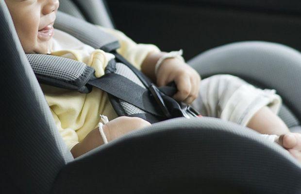 เผยพ่อแม่ 53% อาจเผลอลืมเด็กทิ้งไว้ในรถเนื่องจากนอนไม่พอ