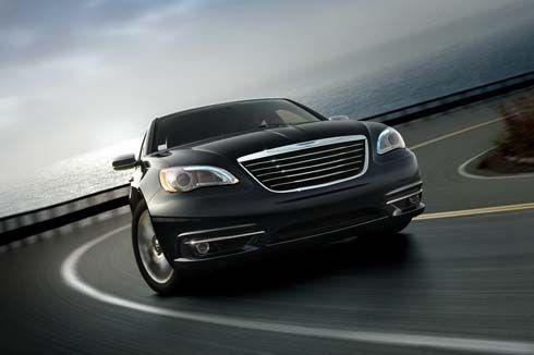 เผยโฉม Chrysler 200 ซีดานหรูภายใต้ชื่อใหม่ของ Sebring ไมเนอร์เชนจ์ปี 2011
