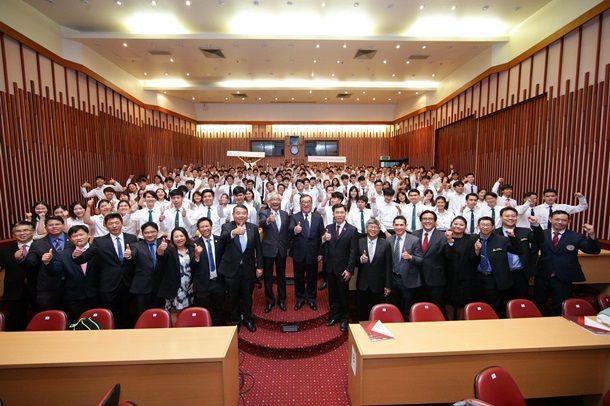 """เดลต้า อีเลคโทรนิคส์ (ประเทศไทย)เปิดเวทีเสวนา """"ขับเคลื่อนอนาคตอุตสาหกรรมไทยด้วยระบบอุตสาหกรรมอัตโนมัติ"""""""
