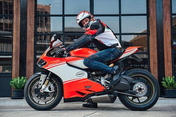 เปิดใจหนุ่มออสเตรีย ใช้งานจริง Ducati 1199 Superleggera เกิน 1 แสนกม.