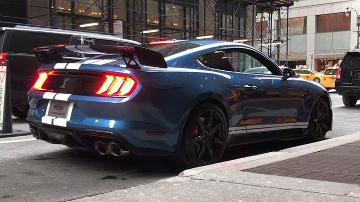 พิสูจน์เสียงคำรามลั่นท่อจากโหมดการขับทั้งสี่แบบของ Ford Mustang Shelby GT500