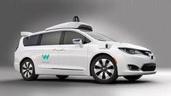 FCA จับมือ Google เผยโฉม Chrysler Pacifica ขับขี่อัตโนมัติ