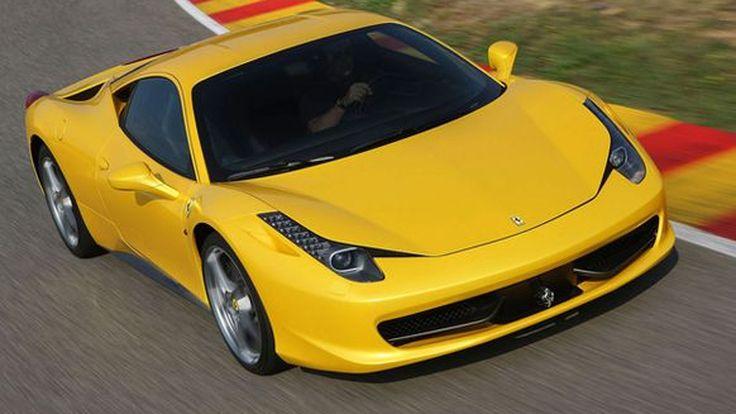 "Ferrari เรียกคืน 458 Italia ในสหรัฐฯ หลังพบว่า ""คนที่ติดในฝากระโปรงอาจมีอันตราย"""