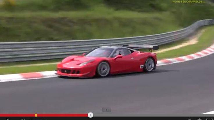 ฝีมือลูกเศรษฐี Ferrari 458 Italia ชนคนตายหนึ่ง ก่อนเสย Mercedes-Benz S-Class ยับ (ชมคลิป)