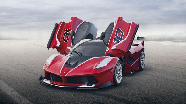 แรงกระชากวิญญาณ Ferrari FXX K เปิดตัวจริงพร้อมแรงม้ากระฉูด 1,050 ตัว