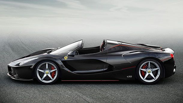 Ferrari จะใช้ระบบพลังไฟฟ้ามากขึ้นเพื่อเพิ่มยอดขาย