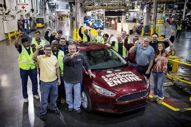 ฟอร์ดฉลองผลิตรถยนต์เครื่องยนต์อีโคบูสต์ครบ 5 ล้านคันทั่วโลก ด้วยฟอร์ด โฟกัสในโรงงานมิชิแกน