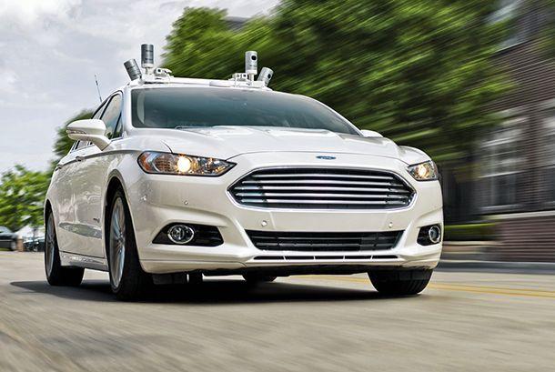 ซีอีโอ Ford ชี้สื่อโหมกระแสรถขับขี่อัตโนมัติจนเกินจริง