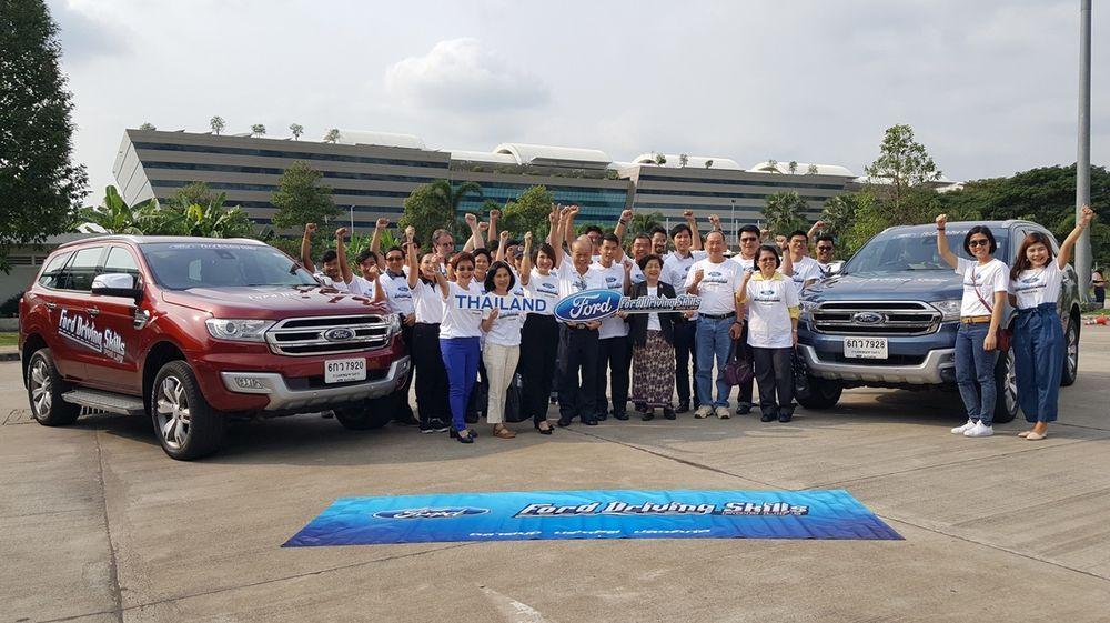 ฟอร์ดจัดฝึกอบรม Ford Driving Skills for Life ให้กับ กลุ่มคณาจารย์และผู้ทรงคุณวุฒิด้านวิศวกรรม