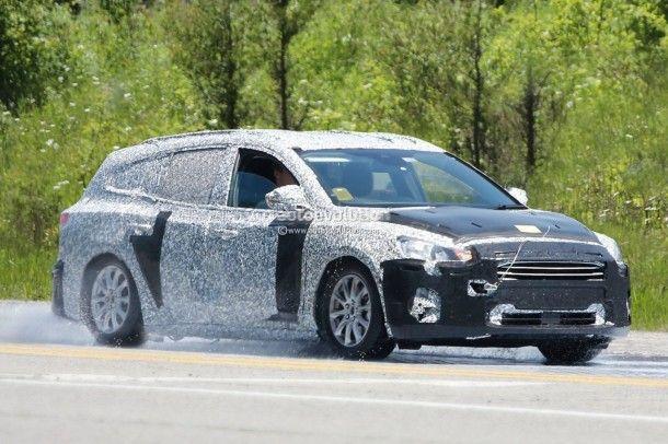 Ford เริ่มทดสอบ Focus เวอร์ชั่น Crossover ตอบรับการใช้งานที่หลากหลายมากยิ่งขึ้น