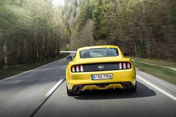 Ford Mustang ขึ้นแท่นรถสปอร์ตที่ขายดีที่สุดในโลก