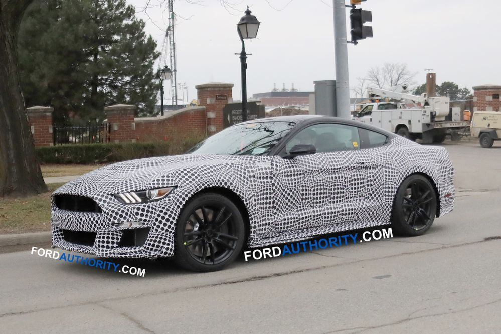 2020 Ford Mustang Shelby GT500 มาแน่