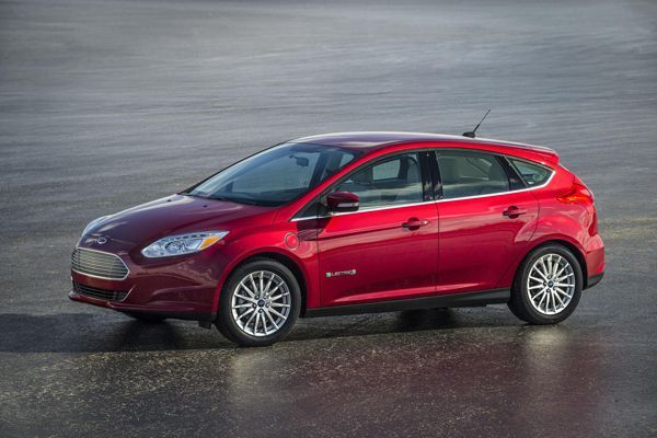 Ford เตรียมเปิดให้ค่ายรถรายอื่นศึกษาสิทธิบัตรพลังไฟฟ้าแบบมีค่าใช้จ่าย