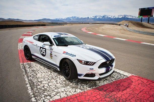ฟอร์ด เปิดตัว โรงเรียนสอนขับรถหลักสูตรพิเศษสำหรับผู้เป็นเจ้าของ มัสแตง เชลบี จีที350