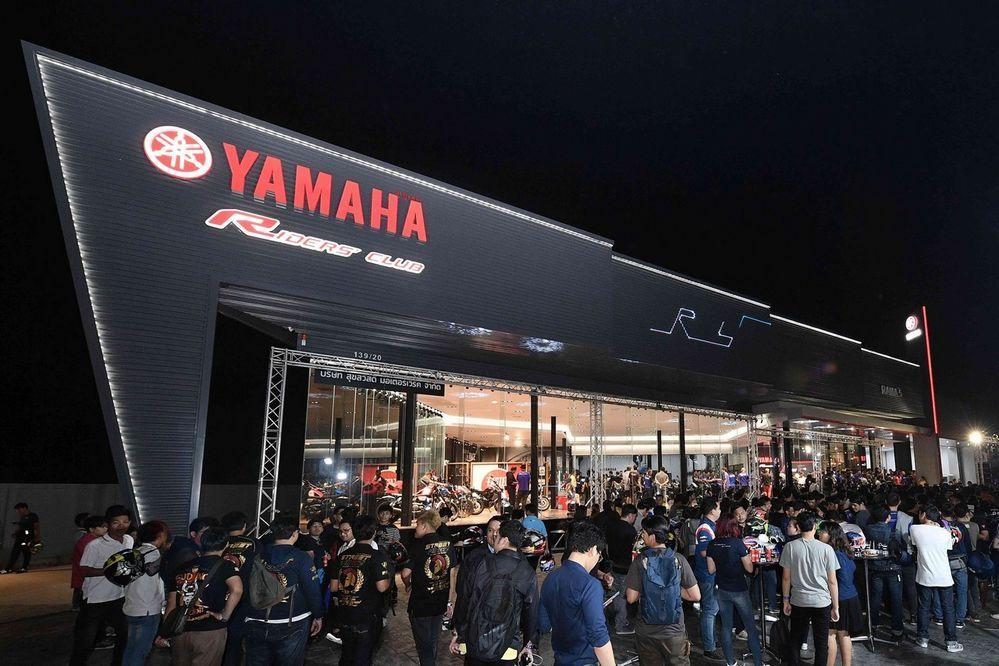 ยามาฮ่ารุกตลาดบิ๊กไบค์ เปิดโชว์รูม Yamaha Riders' club พระราม 5 ศูนย์บริการครบวงจรเต็มรูปแบบ พร้อมให้บริการโซนกรุงเทพฯ ฝั่งตะวันตกและนนทบุรี