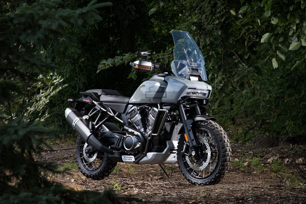 Harley-Davidson เปิดตัวรถ Touring Adventure ตัวต้นแบบคันแรกของค่ายแล้ว