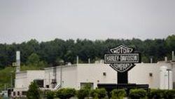 การที่ Harley-Davidson เปิดโรงงานนอกอเมริกาเหมือนเป็นการตบหน้าคนชาติเดียวกัน
