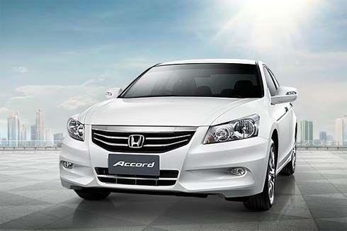 Honda Accord โฉมใหม่ไมเนอร์เชนจ์ปี 2011 กับ 3 ขนาดเครื่องยนต์ ราคาเริ่มต้น 1.265 ล้านบาท