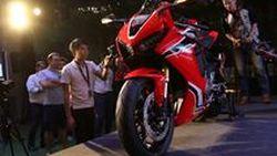 [Launched] พร้องจองทันที 2017 Honda CBR1000RR และ CBR1000RR SP