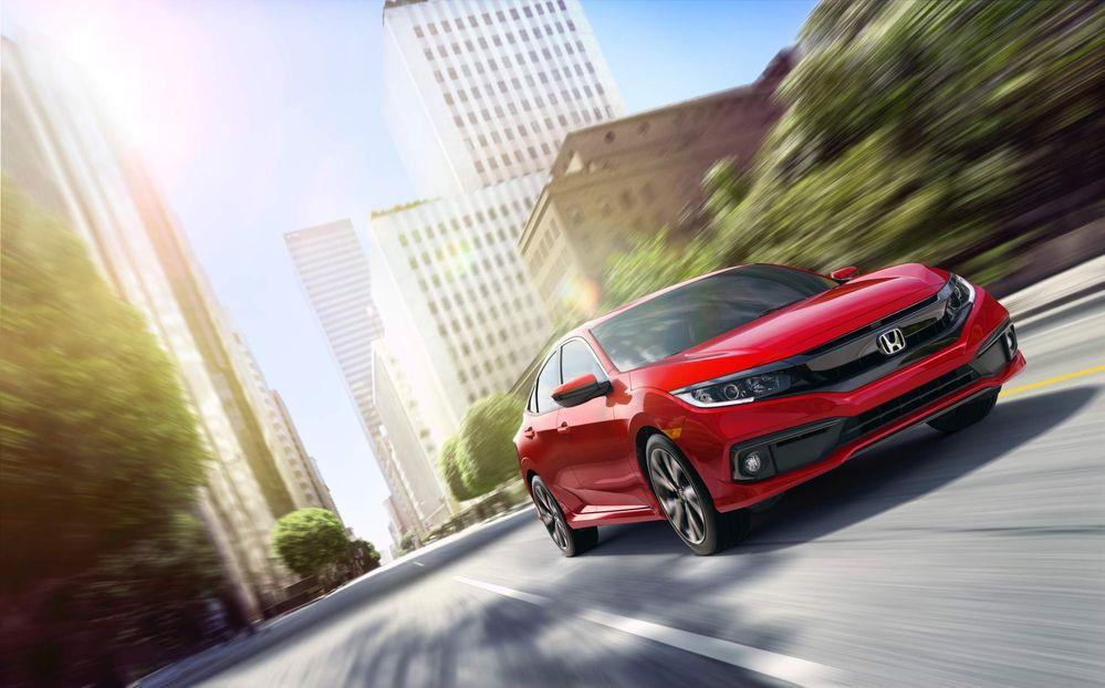 Honda  2019 Civic ทั้งแบบซีดานและคูเป้ พร้อมราคาล่าสุด