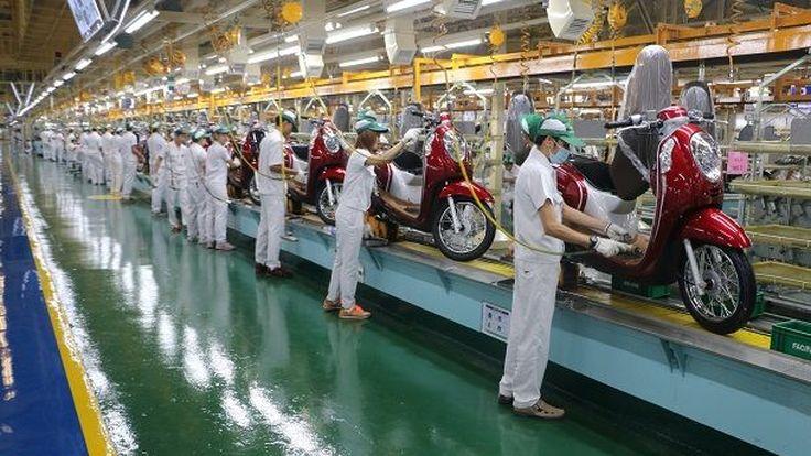 ฮอนด้าประกาศปรับลดกำลังผลิตมอเตอร์ไซค์ 6 หมื่นคัน รับแนวโน้มตลาดหดตัวปีนนี้ 2-3%