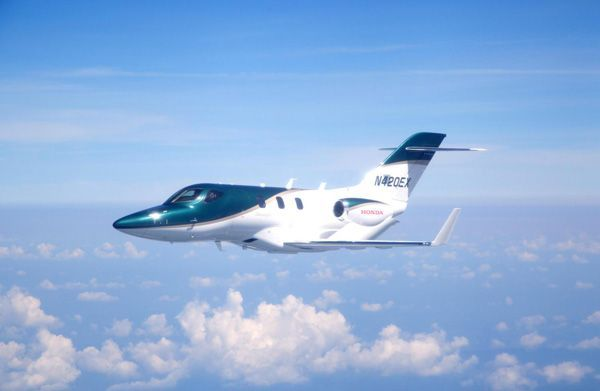 Honda Jet เครื่องบินเจ็ตส่วนตัวผ่านฉลุยการทดสอบบินครั้งแรก