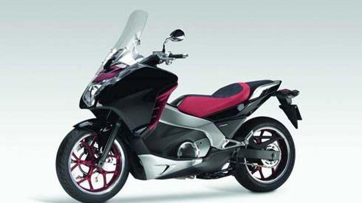 Honda Mid Concept มอเตอร์ไซค์ข้ามพันธุ์ สไตล์ Maxiscooter ตอบโจทย์ผู้ใช้มากกว่า?