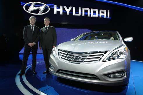 เปิดตัว Hyundai Azera รุ่นปี 2012 ซีดานหรูตามแผน 24/7 ที่งาน 2011 LA Auto Show