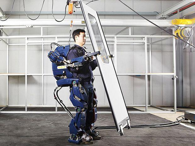 Hyundai พัฒนาชุดหุ่นยนต์สำหรับช่วยยกของหนัก