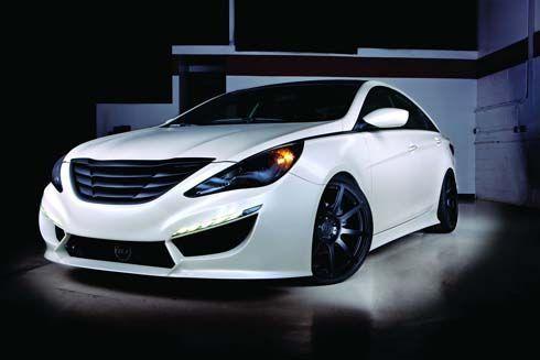 Hyundai Sonata Turbo ปี 2011 ผลงานการแต่งร่วมกับ RIDES และ 0-60 Magazine