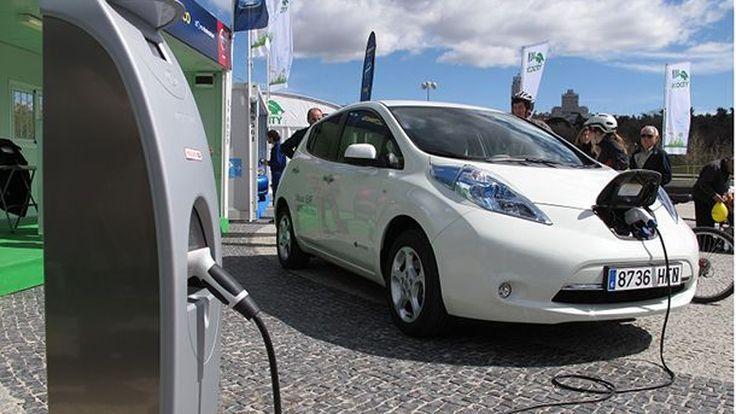 เผยรถพลังงานไฟฟ้าเติบโตก้าวกระโดด จำนวนพุ่งแตะ 2 ล้านคัน