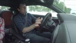 นักข่าวขับ Chevrolet Camaro ชนยับ GM เชิญออกจากงานทดสอบทันที